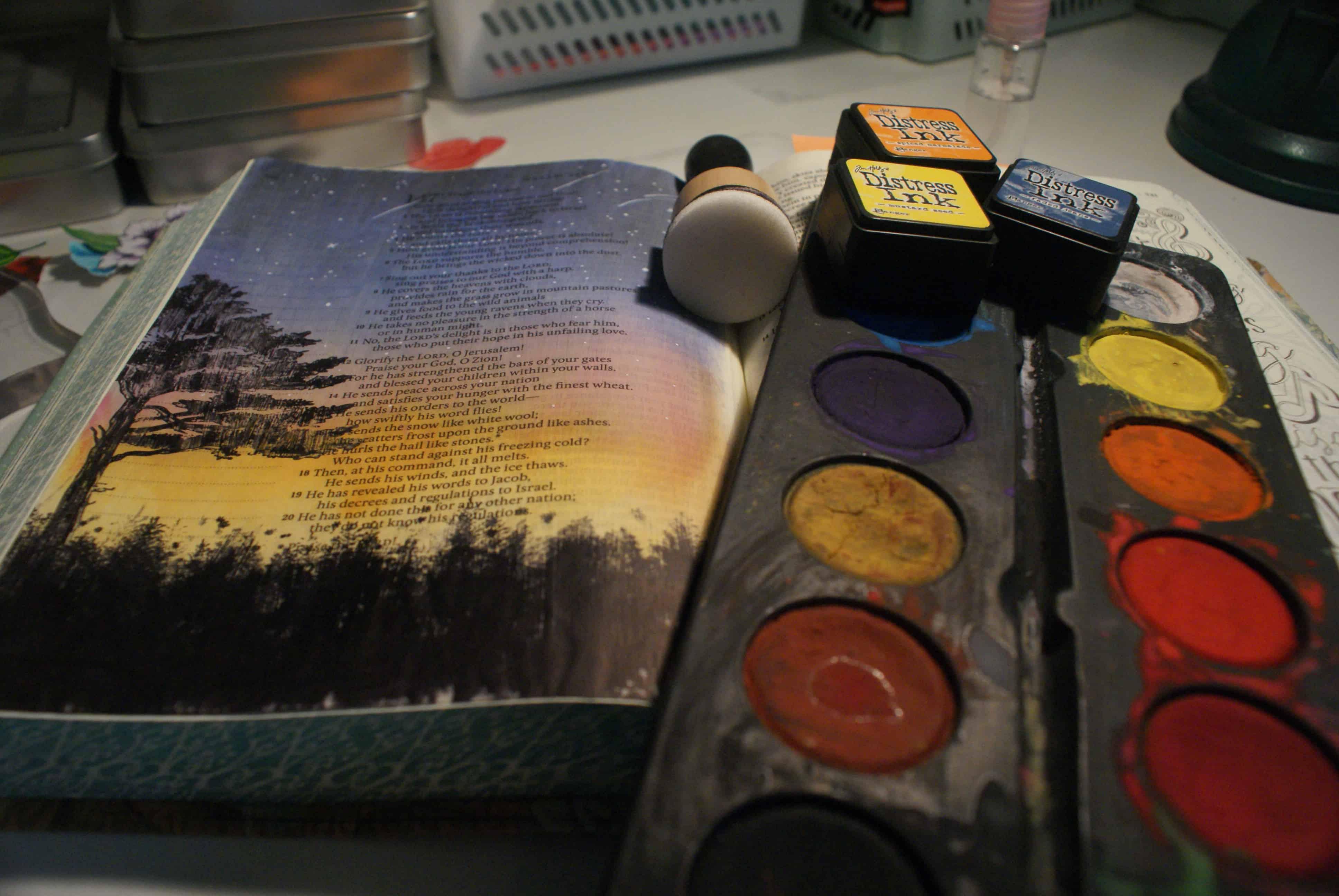 Jag målar i min bibel - Kreativ Bibelläsning
